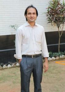 バングラデシュで革工場を経営するファルクさん