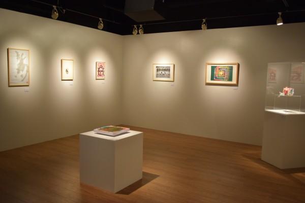 飾られている作品は50点、障害者アートの魅力を存分に味わうことができる