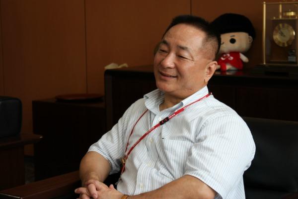 コープこうべは創業の精神を生かした社会的事業に取り組みたいと話す木田・専務理事