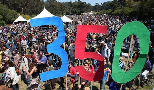 350.orgは、化石燃料企業からの投資撤退(ダイベストメント)を促す