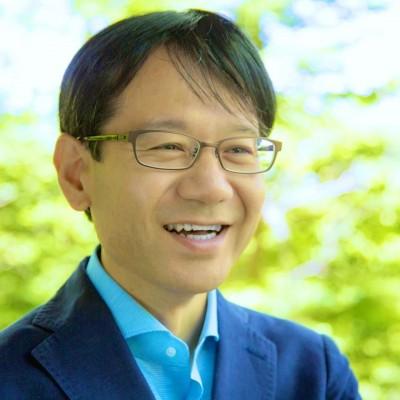 数々の社会起業家を輩出してきた「すずかんゼミ」を主宰する鈴木寛氏